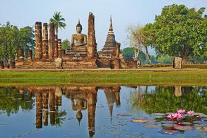Wat Mahatat, Sukhothai Historical Park, Sukhothai, Thailand, Southeast Asia, Asia by Tuul