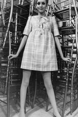 Twiggy Wearing Dolly Dress with Pink Ribbons (By Paul Babb and Pamela Proctor) February 17, 1967