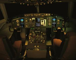 twin-engine 757 flight Deck