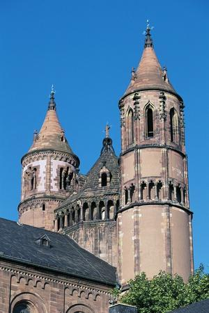 https://imgc.allpostersimages.com/img/posters/two-bell-towers-st-peter-s-cathedral_u-L-PP9UPF0.jpg?p=0