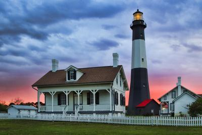 https://imgc.allpostersimages.com/img/posters/tybee-light-house-at-sunset-tybee-island-georgia-usa_u-L-PN6LXW0.jpg?p=0