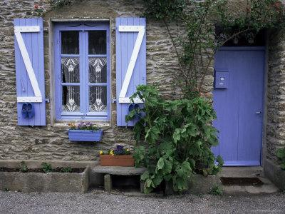 https://imgc.allpostersimages.com/img/posters/typical-house-ile-de-groix-brittany-france_u-L-P1TYO10.jpg?p=0