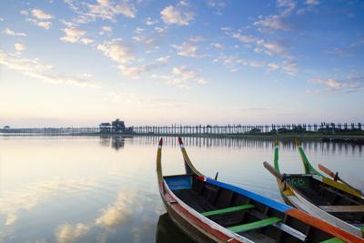 https://imgc.allpostersimages.com/img/posters/u-bein-teak-bridge-and-the-taungthaman-lake-near-amarapura-mandalay-myanmar-burma_u-L-Q12SCEM0.jpg?artPerspective=n