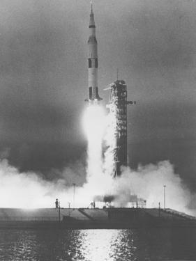 U.S. Saturn Apollo 9 Liftoff