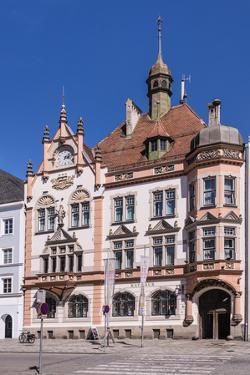 Austria, Upper Austria, Innviertel, Braunau on the Inn, Town Square, Gothic, City Hall by Udo Siebig