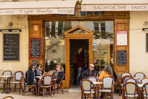 France, Provence, Vaucluse, Lourmarin, Old Town, Bistro by Udo Siebig