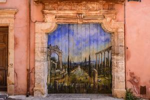 France, Provence, Vaucluse, Roussillon, Old Town, House Facade, House Gate, Mural Painting by Udo Siebig