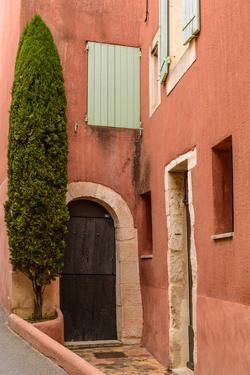 France, Provence, Vaucluse, Roussillon, Old Town, House Facade by Udo Siebig