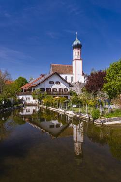 Germany, Bavaria, Upper Bavaria, Pfaffenwinkel, Uffing in the Staffelsee by Udo Siebig