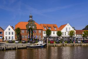 Germany, Schleswig-Holstein, North Frisia, Peninsula Eider (River)Stedt, Tšnning by Udo Siebig