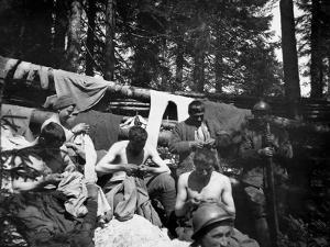 Soldiers Delousing Themselves on the Italian-Austrian Front by Ugo Ojetti