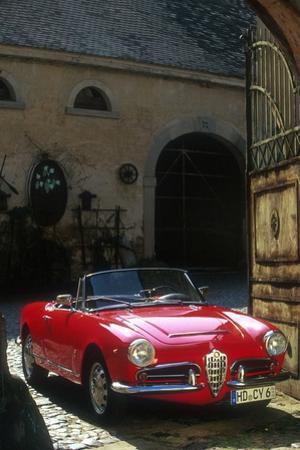 Alfa Romeo Giulietta Spider by Uli Jooss