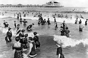Coney Island Beach Goers by Underwood