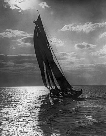 Sail Boat 3 by Underwood
