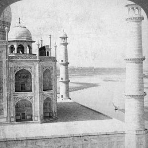 Looking North-West from the Taj Mahal Up the Jumna River to Agra, India, 1903 by Underwood & Underwood