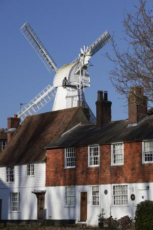 https://imgc.allpostersimages.com/img/posters/union-mill-and-traditional-kent-houses-cranbrook-kent-england-united-kingdom-europe_u-L-PWFIAN0.jpg?p=0