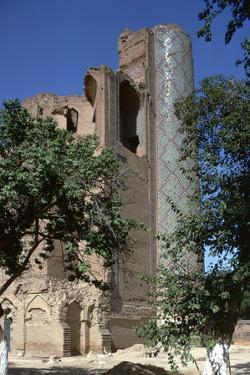 Bibi-Khanum Mosque, 14th century by Unknown