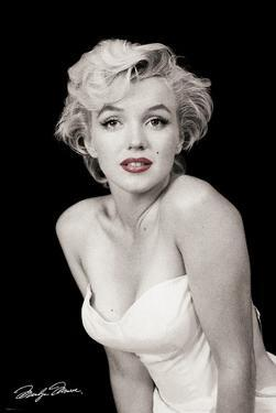 Marilyn Monroe-Red Lips by Unknown