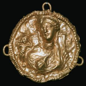 Roman gold pendant by Unknown