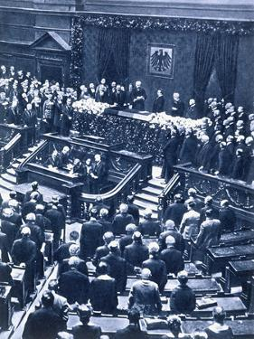 Swearing-in ceremony of President Field Marshal von Hindenburg, Berlin, 12th May, 1925 by Unknown