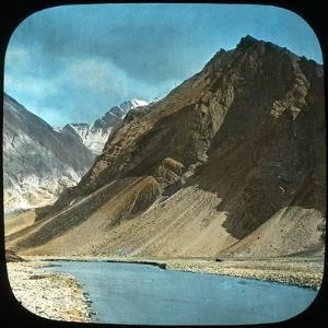 Upper Course of the Indus River, Kashmir, India, Late 19th or Early 20th Century