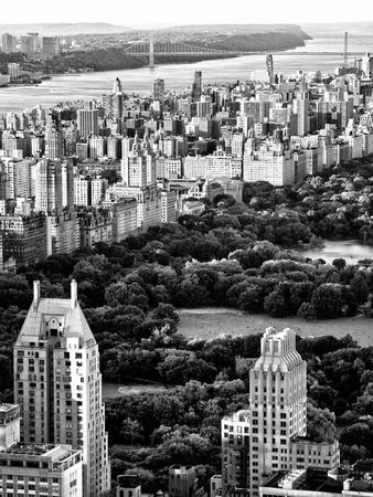 https://imgc.allpostersimages.com/img/posters/uptown-manhattan-and-central-park-from-the-viewing-deck-of-rockefeller-center-new-york_u-L-PZ2AA90.jpg?p=0