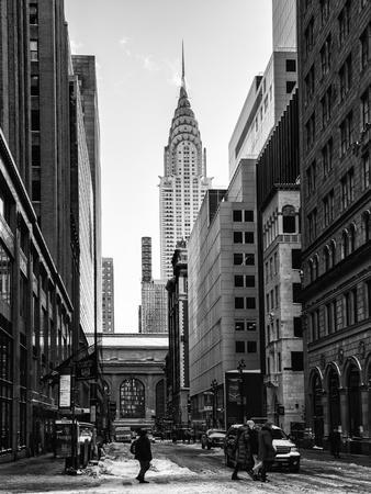 https://imgc.allpostersimages.com/img/posters/urban-scene-in-winter-at-grand-central-terminal-in-new-york-city-with-the-chrysler-building_u-L-PZ35H00.jpg?p=0