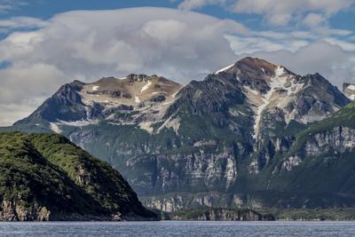 https://imgc.allpostersimages.com/img/posters/usa-alaska-katmai-national-park-scenic-landscape-in-amalik-bay_u-L-Q1D05UJ0.jpg?p=0