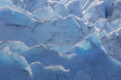 https://imgc.allpostersimages.com/img/posters/usa-alaska-portage-glacier-of-glacier-ice_u-L-Q1D019Z0.jpg?artPerspective=n