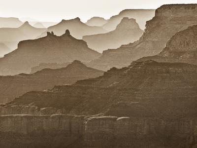 https://imgc.allpostersimages.com/img/posters/usa-arizona-grand-canyon-national-park-buttes-and-haze-on-the-south-rim_u-L-Q12TATC0.jpg?p=0