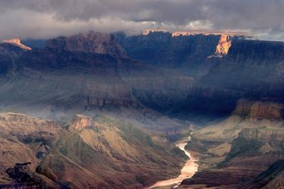 https://imgc.allpostersimages.com/img/posters/usa-arizona-grand-canyon-national-park-overview-of-canyon-and-colorado-river_u-L-Q1CZZBZ0.jpg?p=0