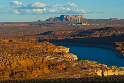 https://imgc.allpostersimages.com/img/posters/usa-arizona-page-lake-powell-vistas-navajo-generating-station_u-L-Q1CZVY50.jpg?p=0