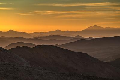 https://imgc.allpostersimages.com/img/posters/usa-california-death-valley-national-park-mountain-ridges_u-L-Q1D0IHI0.jpg?p=0