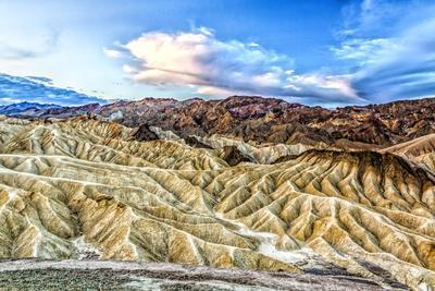 https://imgc.allpostersimages.com/img/posters/usa-california-death-valley-national-park-zabriskie-point_u-L-Q1D05I30.jpg?p=0