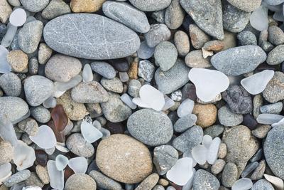 https://imgc.allpostersimages.com/img/posters/usa-california-ft-bragg-close-up-of-glass-beach-pebbles_u-L-Q1D0Q4Q0.jpg?p=0