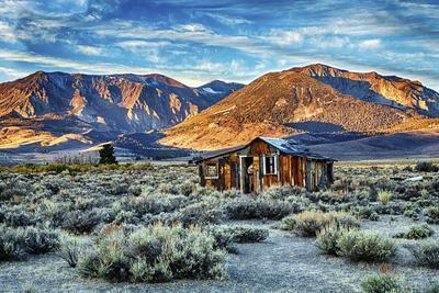 https://imgc.allpostersimages.com/img/posters/usa-california-june-lake-hwy-395_u-L-Q1D004L0.jpg?p=0