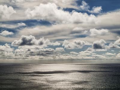 https://imgc.allpostersimages.com/img/posters/usa-california-la-jolla-coastal-clouds-over-the-pacific_u-L-Q1CZU3K0.jpg?artPerspective=n