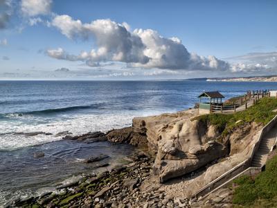 https://imgc.allpostersimages.com/img/posters/usa-california-la-jolla-coastal-la-jolla-at-shell-beach_u-L-Q1D06D50.jpg?artPerspective=n