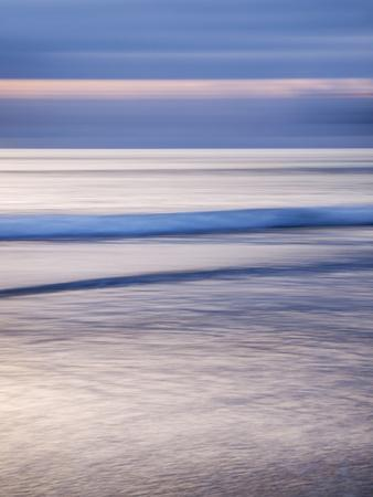 https://imgc.allpostersimages.com/img/posters/usa-california-la-jolla-dusk-at-la-jolla-shores_u-L-Q1CZRM10.jpg?p=0