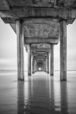 https://imgc.allpostersimages.com/img/posters/usa-california-la-jolla-scripps-pier-sunrise_u-L-PYR5GD0.jpg?p=0