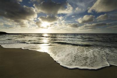 https://imgc.allpostersimages.com/img/posters/usa-california-la-jolla-sunset-over-beach_u-L-Q1D057Z0.jpg?p=0