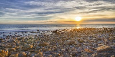 https://imgc.allpostersimages.com/img/posters/usa-california-malibu-sunset-as-seen-from-county-line-beach_u-L-Q1D0J5Z0.jpg?p=0