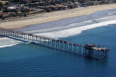 https://imgc.allpostersimages.com/img/posters/usa-california-san-diego-scripps-pier-la-jolla-shores_u-L-Q12T3S80.jpg?p=0