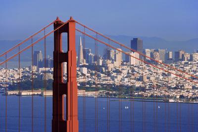 https://imgc.allpostersimages.com/img/posters/usa-california-san-francisco-golden-gate-bridge-and-city_u-L-Q1D02R60.jpg?p=0