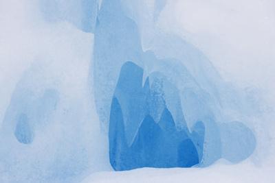 https://imgc.allpostersimages.com/img/posters/usa-california-sierra-nevada-range-scenic-of-ice-cave_u-L-Q1D0DDH0.jpg?p=0