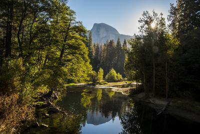 https://imgc.allpostersimages.com/img/posters/usa-california-yosemite-national-park-yosemite-valley-over-merced-river_u-L-Q1CZWNE0.jpg?artPerspective=n