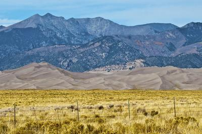 https://imgc.allpostersimages.com/img/posters/usa-colorado-alamosa-great-sand-dunes-national-park-and-preserve_u-L-Q1D0O9R0.jpg?artPerspective=n