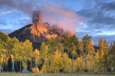 https://imgc.allpostersimages.com/img/posters/usa-colorado-san-juan-mountains-chimney-rock-formation-and-aspens-at-sunset_u-L-Q1H20PB0.jpg?artPerspective=n