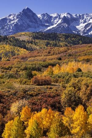 https://imgc.allpostersimages.com/img/posters/usa-colorado-san-juan-mountains-mountain-and-valley-landscape-in-autumn_u-L-Q1D0WF60.jpg?p=0