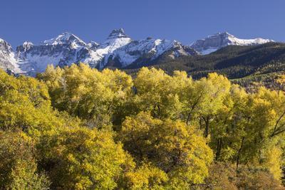 https://imgc.allpostersimages.com/img/posters/usa-colorado-san-juan-mountains-mountains-and-autumn-landscape_u-L-Q1D0WMQ0.jpg?p=0